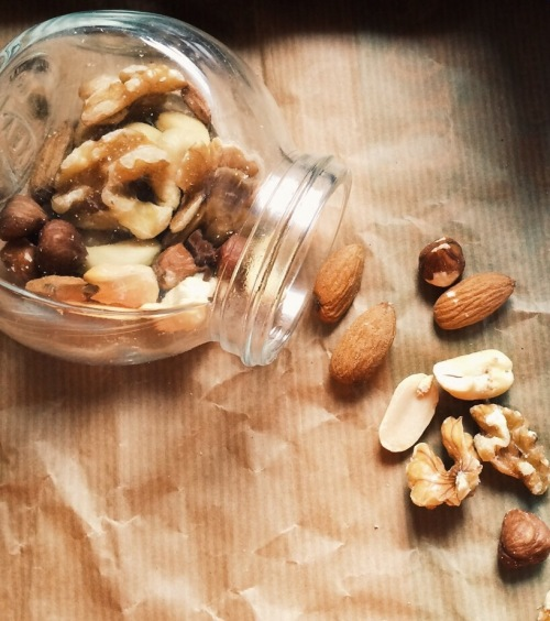 Nuts, snack, meal prep, Delalicious