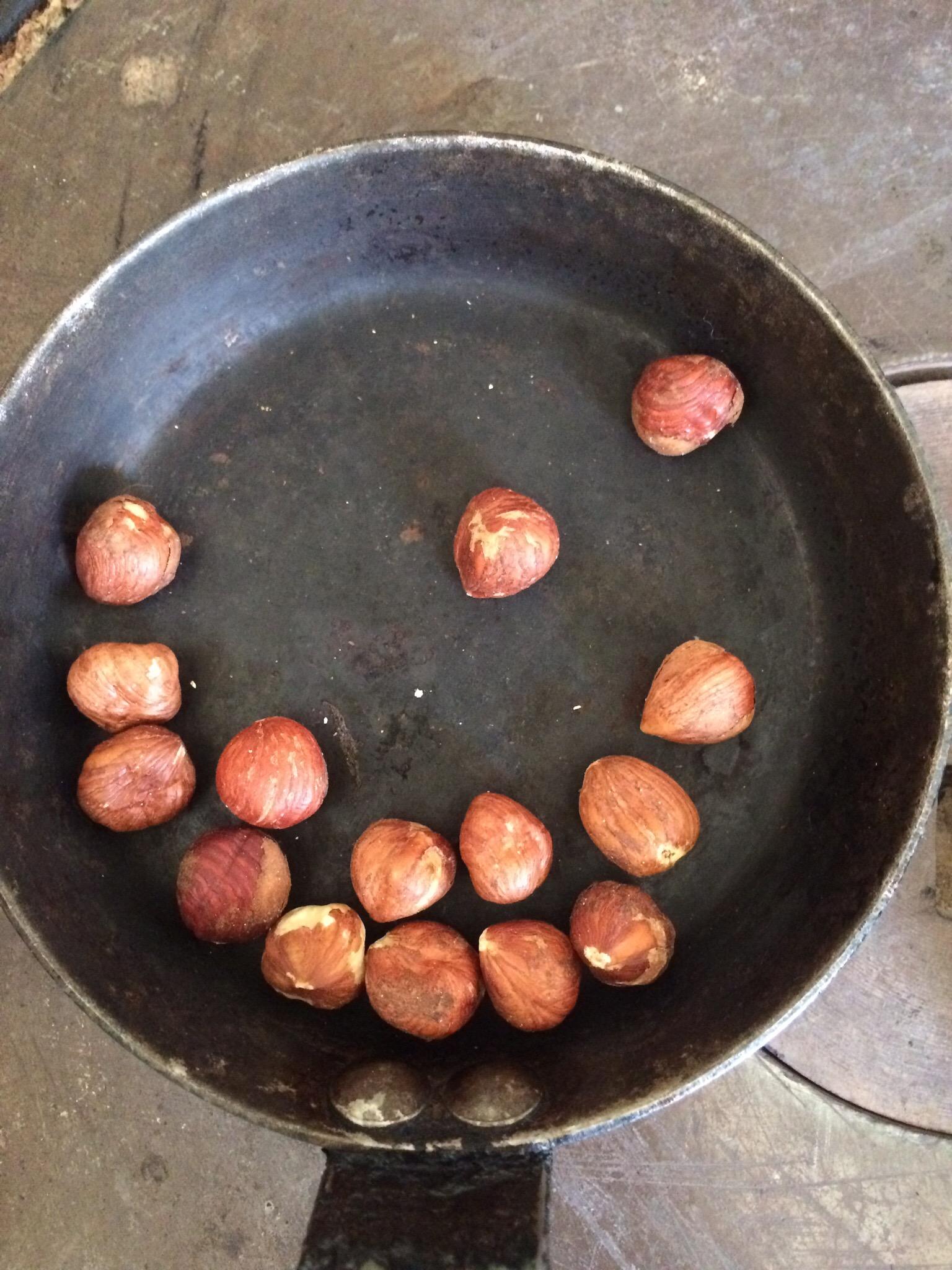 tbsp hazelnuts 4 tbsp olive oil 1 tbsp lemon juice Zest of 1/2 lemon ...