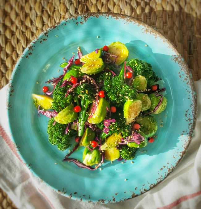 Asian Sprout & Sesame Salad; Delalicious