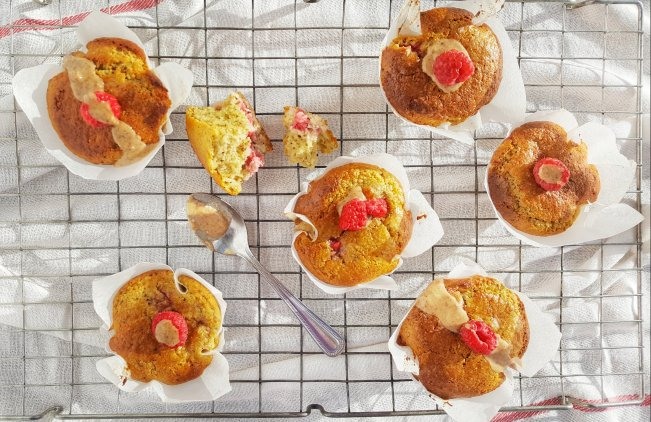 Peanut Butter & Raspberry Muffins; Delalicious